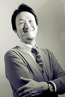 李東眩 (Lee)